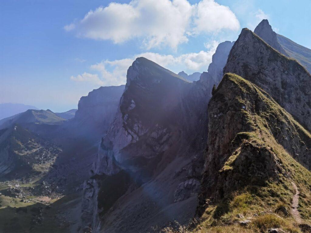 Finde die schönsten Plätze in den Brandenberger Alpen - die Tiefenbachklamm ist einer davon