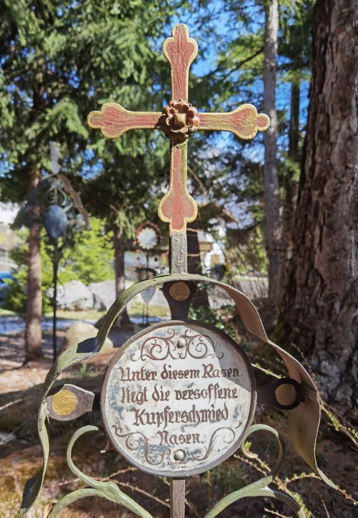 lustiger Friedhof - einer der Kramsach Sehenswürdigkeiten
